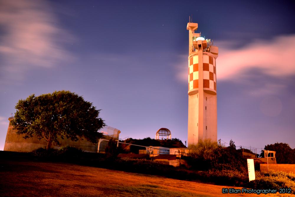 המגדלור שעל גבעת יונה באשדוד - צילום: אפי אליאן