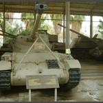 טנק קל מדגם AMX13 תוצרת צרפת