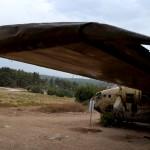 מקצה הכנף השמאלית של מטוס הנורד 072 ביער המגינים