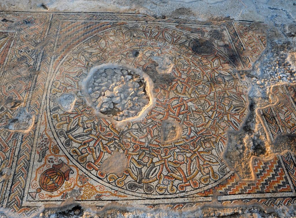 הפסיפס בבית קמה - . צילום: יעל יולוביץ, באדיבות רשות העתיקות