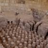 שרידי רצפת בית המרחץ המערבי