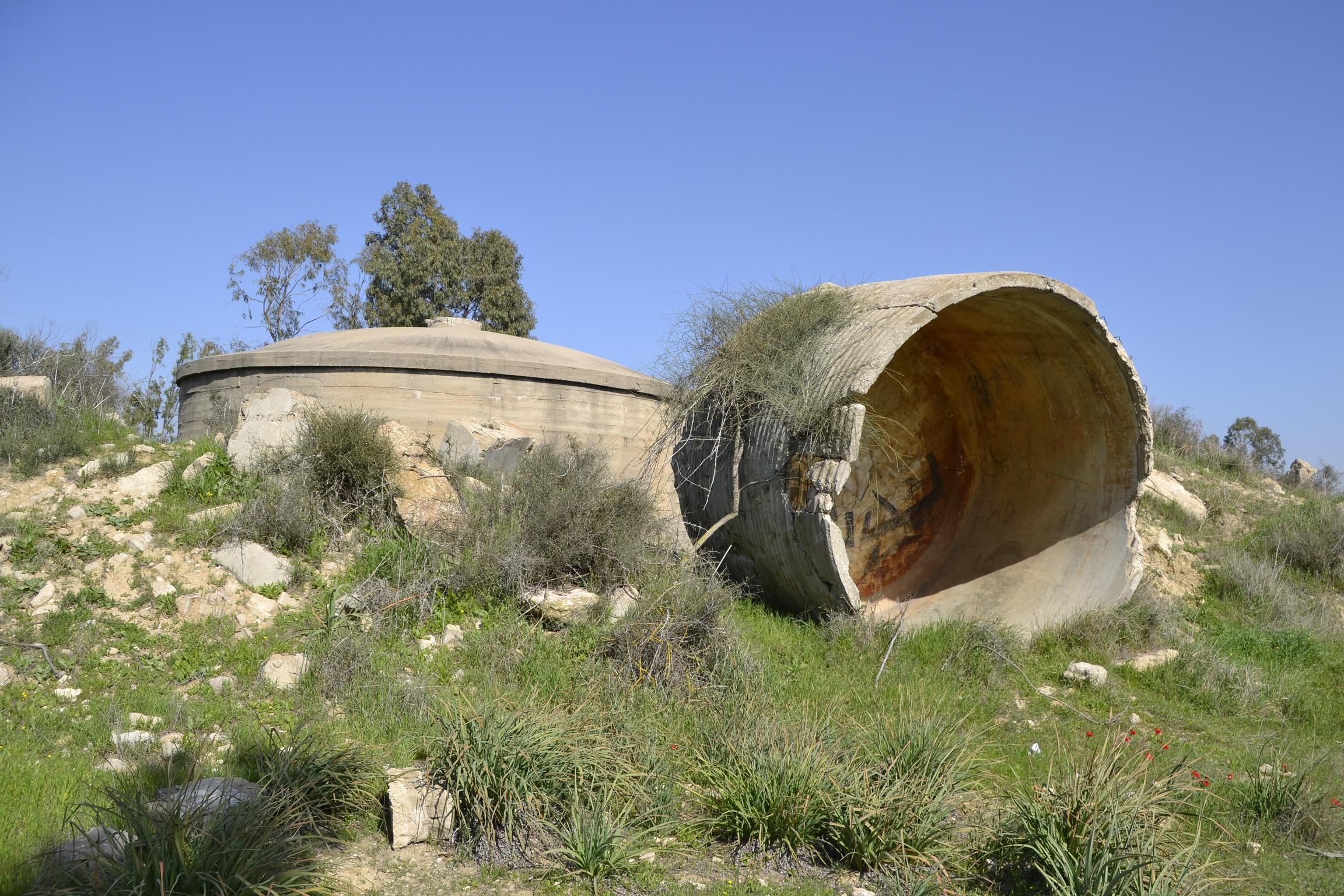 מיכל מגדל המים הבריטי בנחאביר - צילום: אפי אליאן