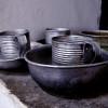 כלי שתיה ואוכל במוזיאון אסירי המחתרות - צילום: אפי אליאן