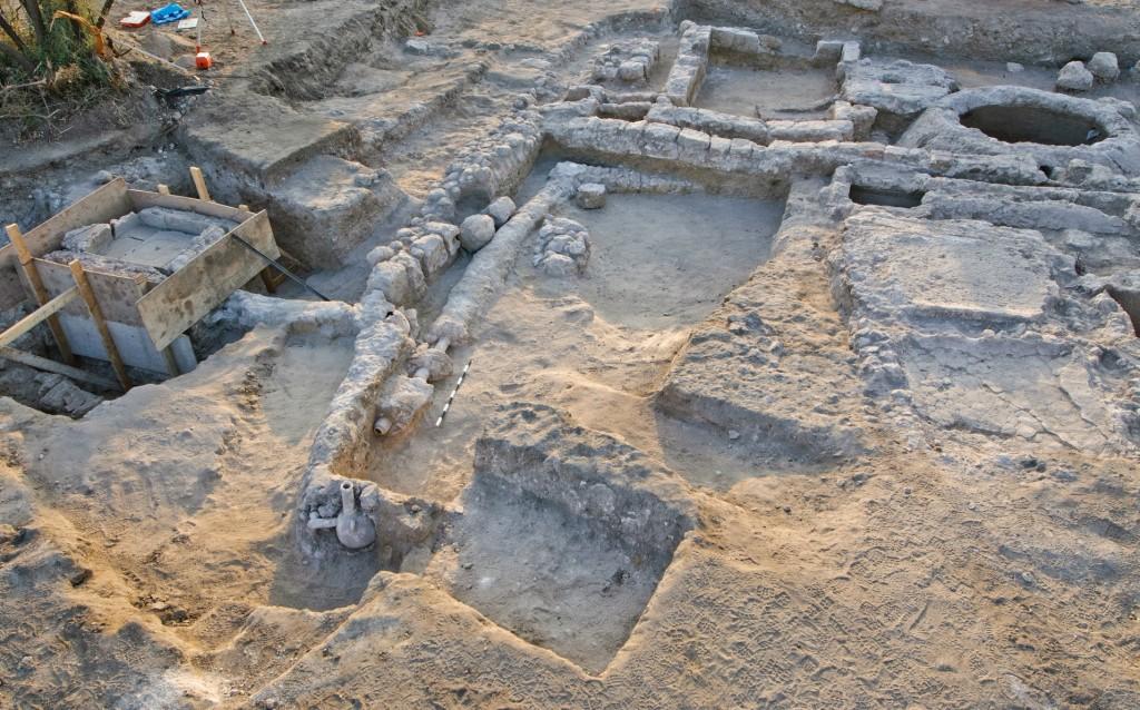 מתחם החפירות בסמוך לרמלה - צילום: אסף פרץ, באדיבות רשות העתיקות