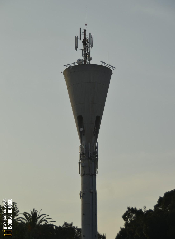 מגדל המים גדרה - צילום: אפי אליאן