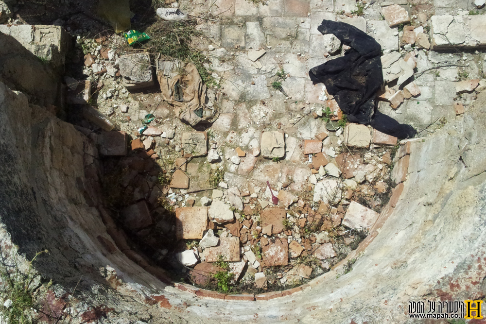 שרידי החדר החם בבית המרחץ הרומי - צילום: אפי אליאן