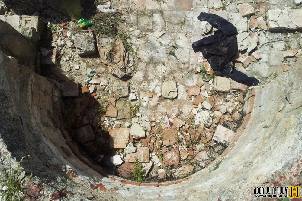 שרידי החדר הפושר בבית המרחץ הרומי בכפר האורנים - צילום: אפי אליאן
