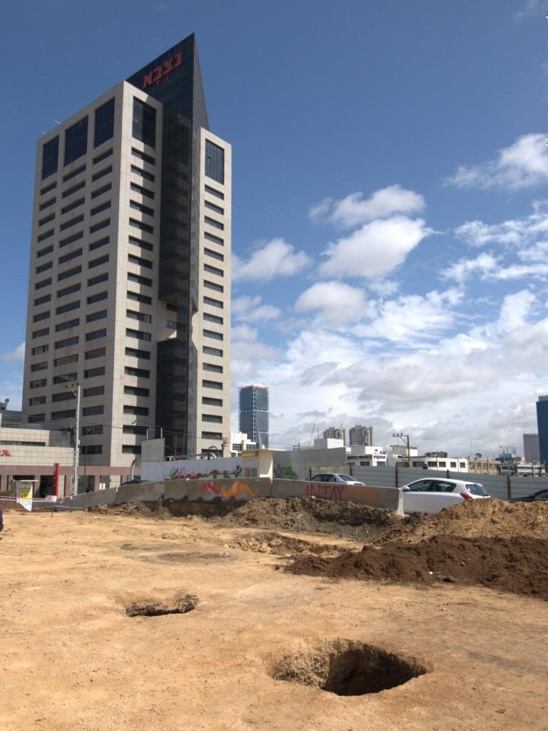 חלק מבורות האכסון שנחשפו בלב העיר תל אביב - צילום: עתליה פדידה