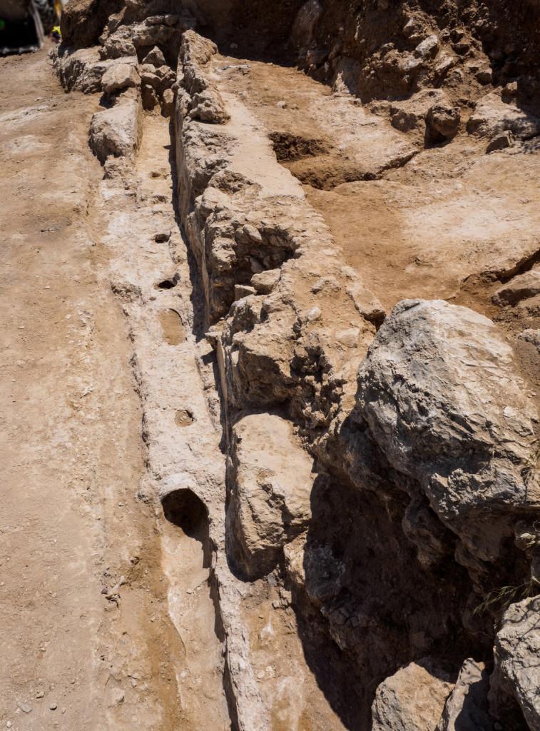 שרידי אמת המים התחתונה שנמצאו במזרח ירושלים - צילום: אסף פרץ
