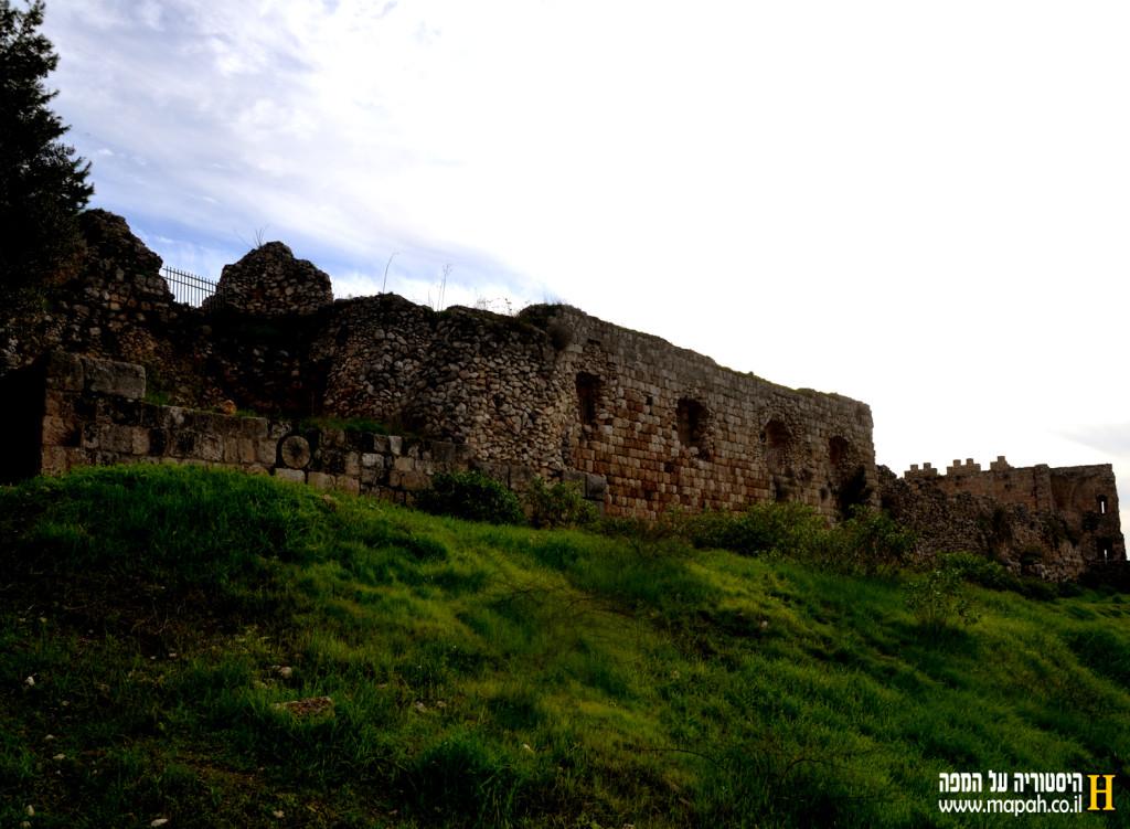 מצודת אנטיפטרוס - צילום: אפי אליאן