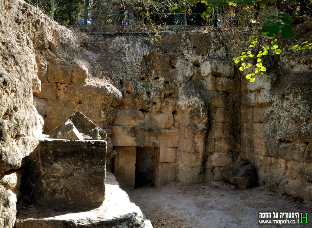 המערה שטרם נחפרה בבית שערים - צילום: אפי אליאן