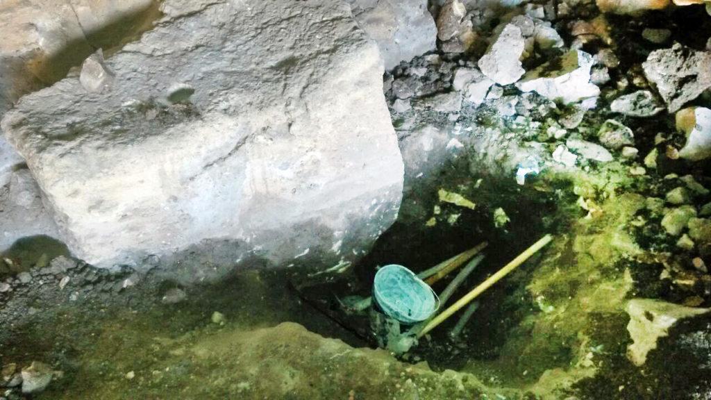 ציוד החפירה שנתפס בידי שודדי העתיקות במצודת פחר - צילום: היחידה למניעת שוד ברשות העתיקות