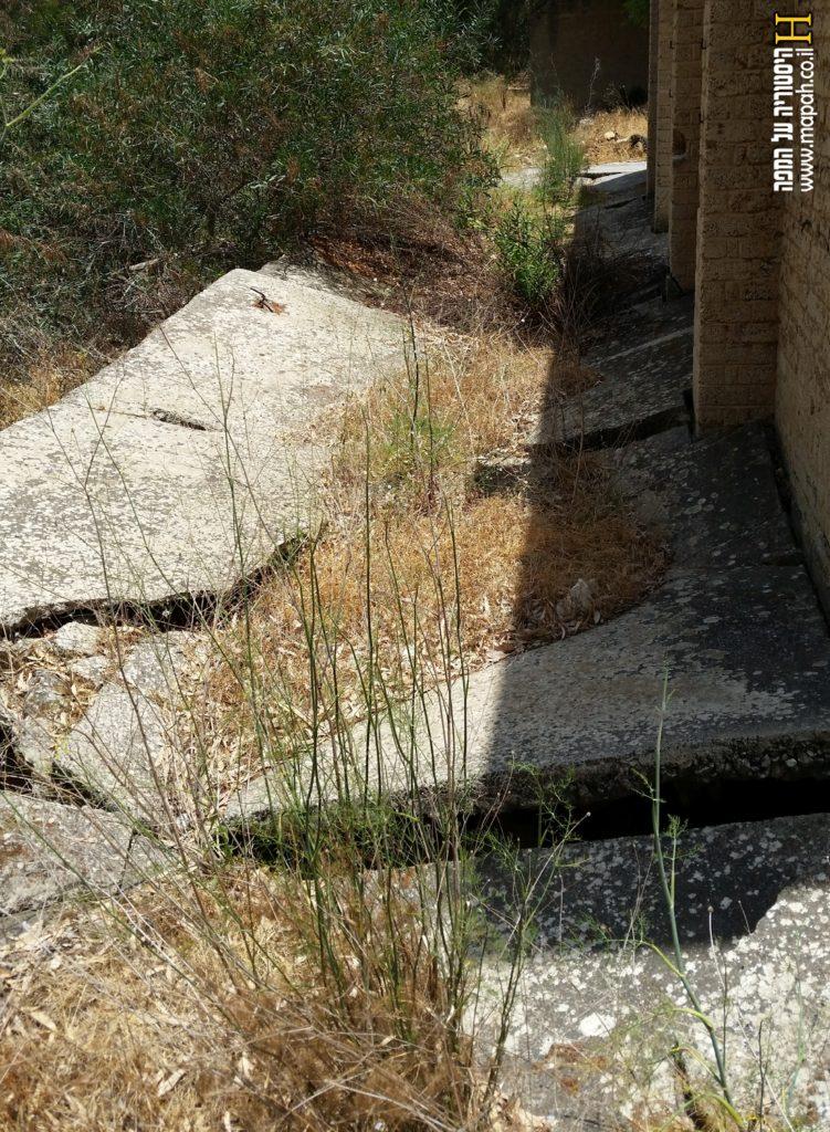 משטח חיצוני בחלקו הצפוני של המבנה בנבאללה - צילום: אפי אליאן