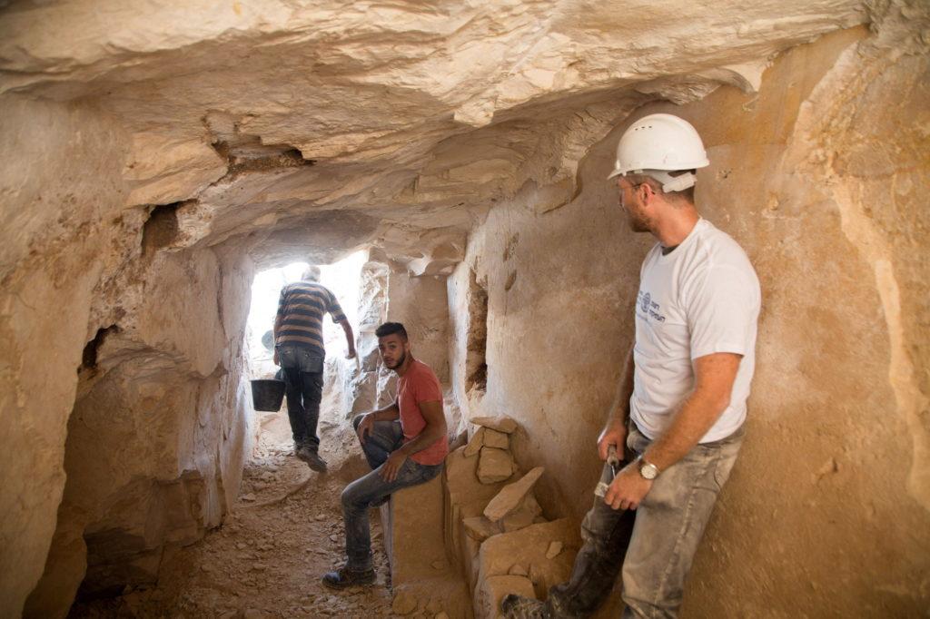 החפירה הארכיאולוגית בבית היוצר מתקופת בית שני