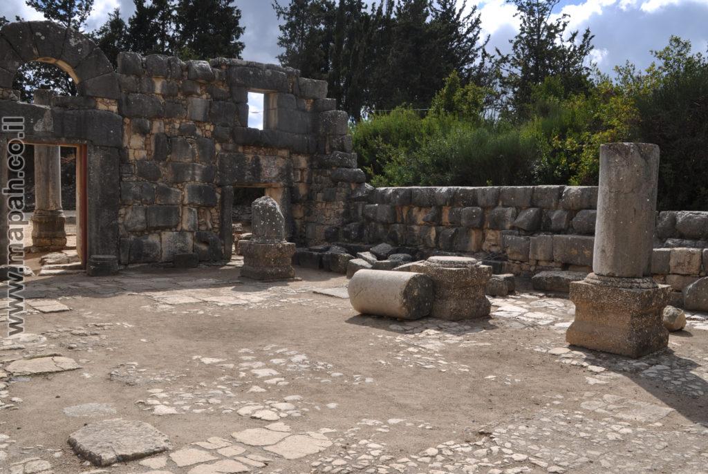חזית בית הכנסת הגדול מחלקה הפנימי - צילום: אפי אליאן