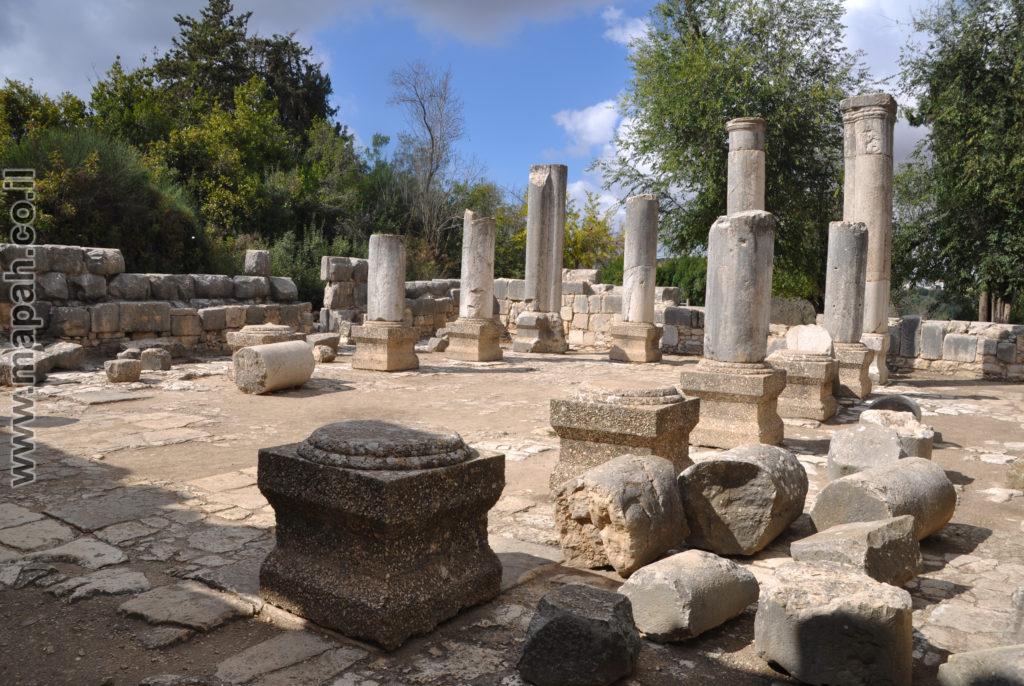 צילום שטח כללי בבית הכנסת הגדול ברעם - צילום: אפי אליאן